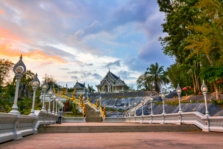 Wat Kaew temple, Krabi, Thailand: Wat Kaew is one of the main temples located on Thanon Maharat close to Th Pattana. Reklamní fotografie