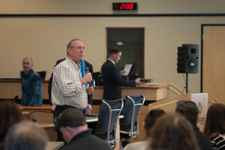 HIllsboro Mayor Steve Callaway introducing Democratic Oregon US Senator Ron Wyden for the senators Washington County town hall.