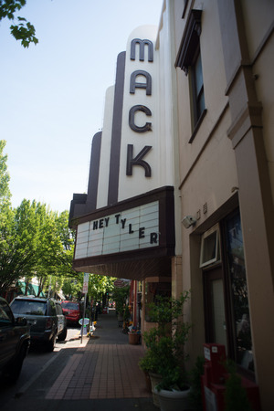 mack: MCMINNVILLE, OREGON JUNE 6TH 2017, the historic Mack Theater sign and readerboard in downtown, on 3rd street.