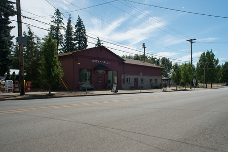 DAYTON, OREGON AUGUST 15 2017, The City Hall, a dark red building in the rural town in Yamhill County. Redakční