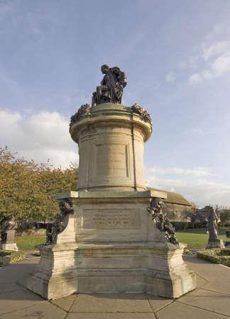 shakespearean: statue of shakespearean character the gower memorial stratford upon avon warwickshire england uk