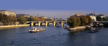 ile de la cite: river seine pont neuf ile de la cite paris france europe