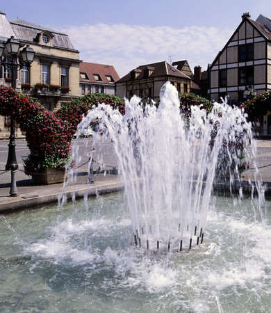 pool halls: fountain french city town square town hall troyes aude champagne-ardennes france europe