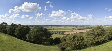 country park: Warwickshire vista sobre el paisaje de colinas burton dassett Country Park
