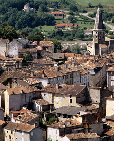 midi: france midi pyrenees caylus village aveyron
