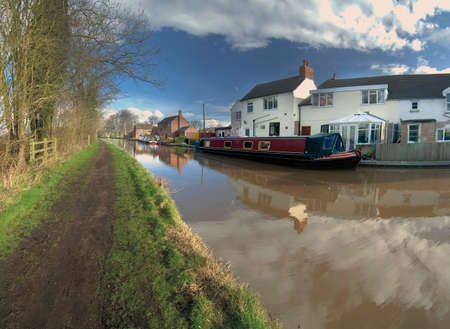 worcester and birmingham canal astwood worcestershire midlands england uk Stock Photo - 1622052