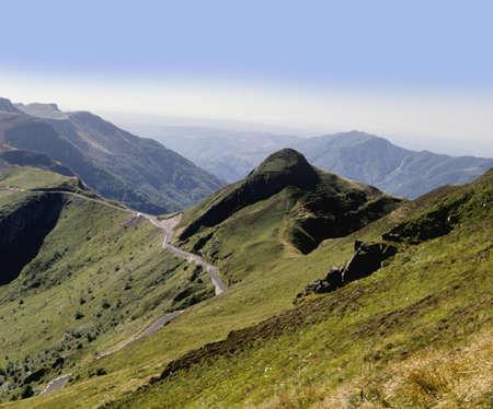 cantal: volcanos auvergne massif central france europe pas de peyrol parc naturel regional des volcans dauvergne