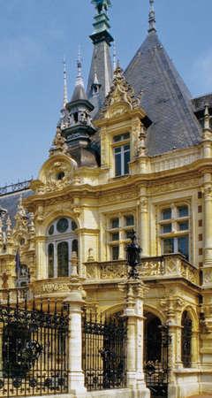 benedictine: palais benedictino FECAMP Normand�a Seine Maritime francia