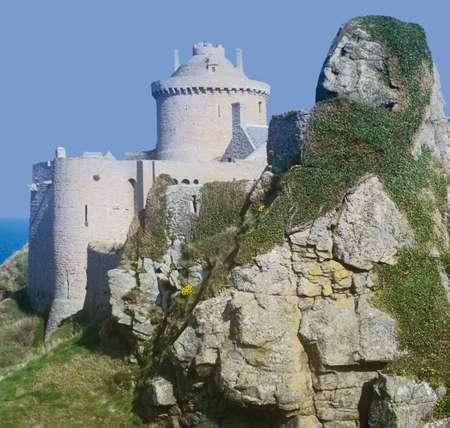 st malo: Fort la Latte vicino a St Malo Costa Smeralda Ille et Villaine Bretagna Francia Europa