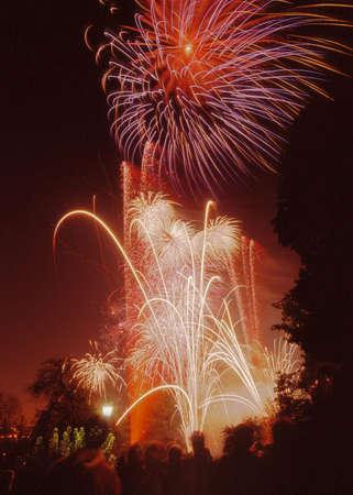 guy fawkes night: fuochi d'artificio a palazzo Alexandra Haringey a nord di Londra Archivio Fotografico