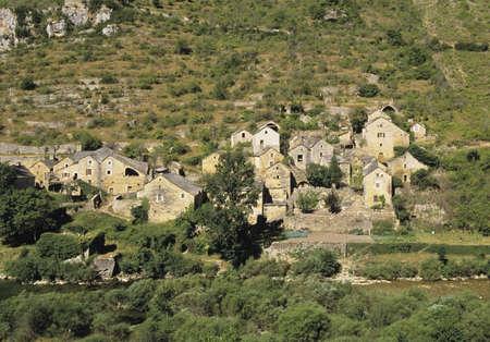 houses built along the steep sides of the gorge du tarn la malene lozere languedoc-roussillon france europe photo