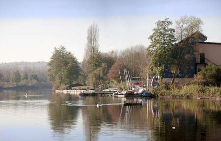 country park: flecha valle parque lago pa�s Redditch Worcestershire Inglaterra Midlands Reino Unido Foto de archivo