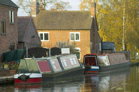 prior: A narrow boat or barge on the worcester and birmingham canal stoke prior worcestershire.