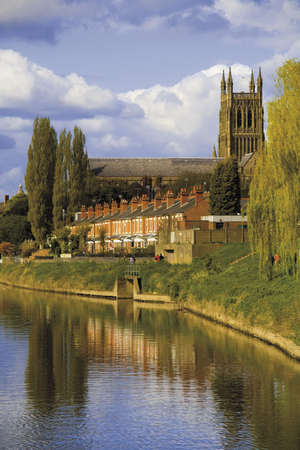 worcestershire: worcester city the river severn worcestershire the midlands england uk