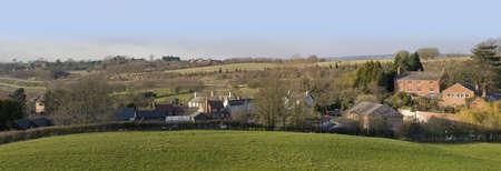 tardebigge: Una vista di un villaggio e di terreni agricoli, tardebigge, worcestershire, england, uk