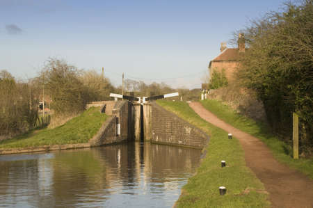 worcester and birmingham canal: The Worcester and Birmingham canal at Tardebigge canal village in Worcestershire, the Midlands, England.