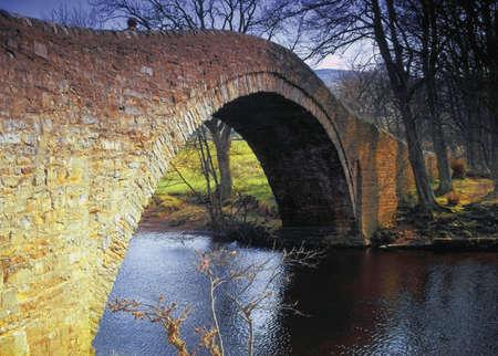 old packhorse bridge: Swaledale in the Yorkshire Dales National park england uk