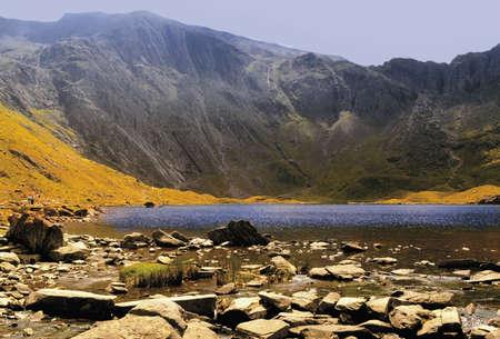wales gwynedd snowdonia national park llyn idwal