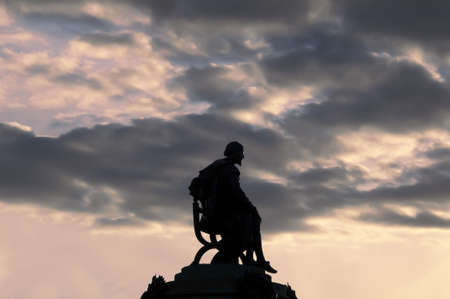 shakespearean: stratford upon avon warwickshire england statue of william shakespeare