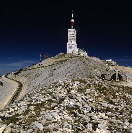 francais: france provence the view from the top of mont ventoux