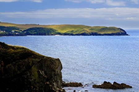 jamones: vistas de la costa de Devon thurlestone a bantham jamones el sur desde el sur oeste de Devon sendero