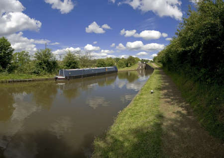 The Worcester and Birmingham canal at Tardebigge canal village in Worcestershire, the Midlands, England. Stock Photo - 3962725