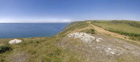 southwest: de kliffen op bolberry naar beneden op de Zuid-west devon kust kust weg het zuiden hams devon Engeland uk