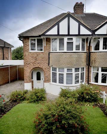 let on: casa semi exterior
