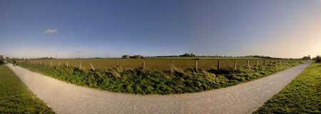 cycleway: sentiero e porta la ferrovia dismessa e convertito di School linea stratford su avon warwickshire midlands england Regno Unito  Archivio Fotografico