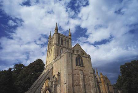 benedictine: el benedictino antiguo parque Pershore abad�a en Worcestershire