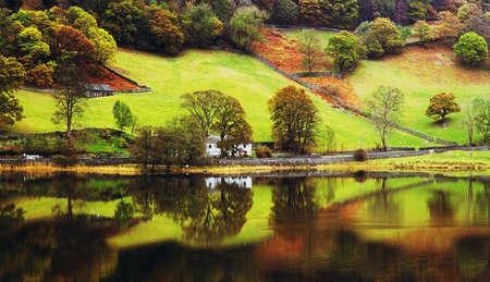 コニストン水湖地区カンブリア イギリス