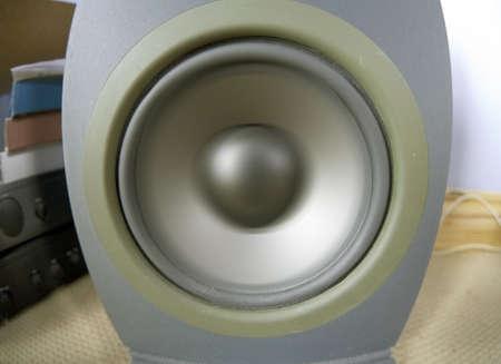 hi fi: a speaker on a hi fi Stock Photo