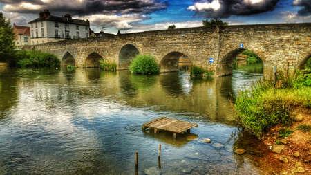avon: Bridge over river Avon Warwickshire England uk