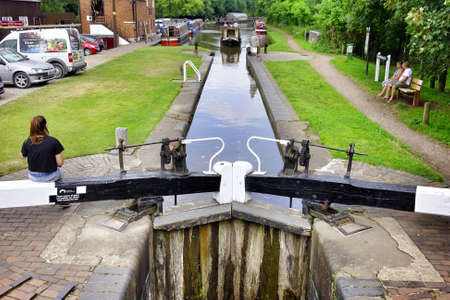 worcester and birmingham canal: Canal