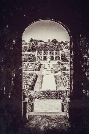 elizabethan: Kenilworth castle park and gardens Warwickshire England uk