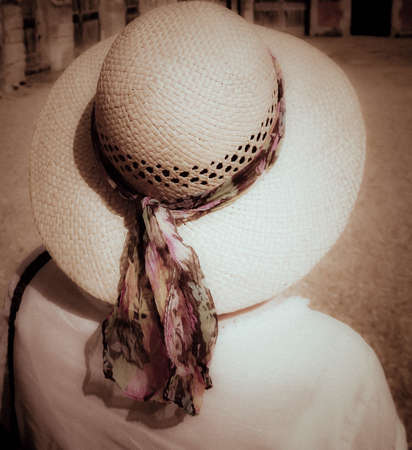 sunstroke: Hat