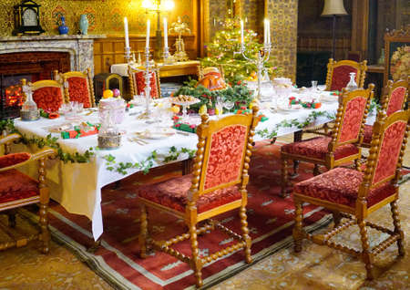 stately home: Christmas dinner in a stately home