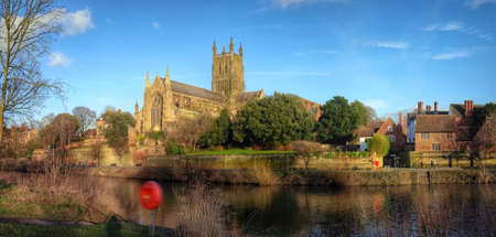 severn: River Severn Worcester worcestershire England uk
