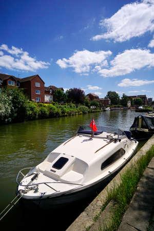 avon: river avon tewksbury gloucestershire UK