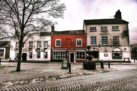 worcestershire: Old historic centre of droitwich spa famous as a salt mining town and thermal bath spa town