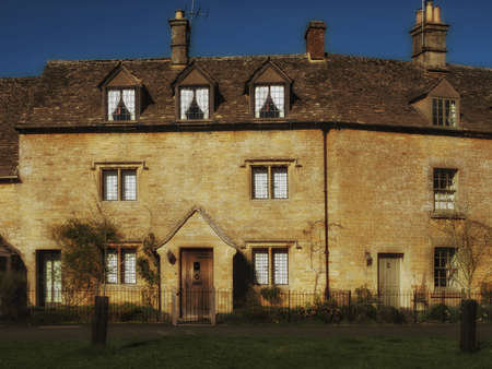cotswold: Cotswold cottage Stock Photo