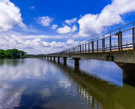 pedestrian bridge: Pedestrian bridge over Grays Lake
