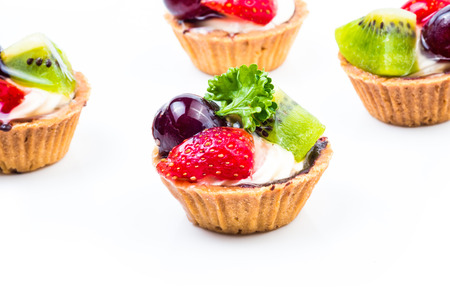Mini fruit tart photo