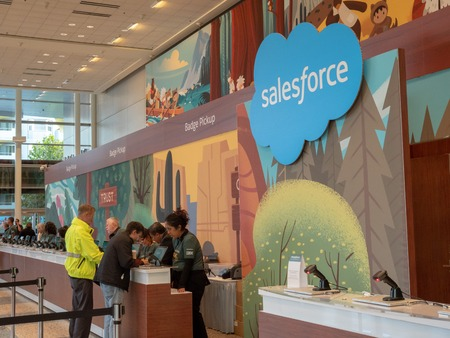 Conference attendees get help at Salesforce Dreamforce welcome desk