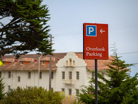 Overlook parking sign posted in a nature resort area on overcast day 写真素材