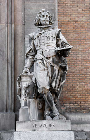 velazquez: Statue of Velazquez