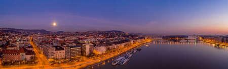 Panoramic aerial drone shot of Margaret island bridge in Budapest dawn before sunrise Stockfoto - 151134249