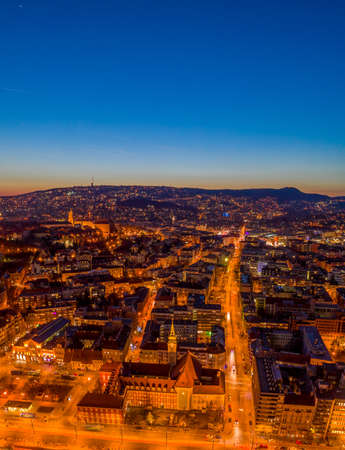 High angle Aerial drone shot of St. Francis parish church by Danube in Budapest twilight Stockfoto - 151137052