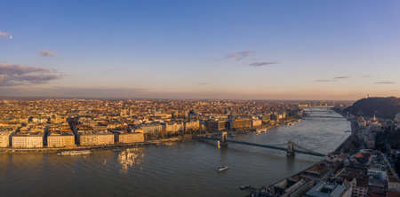 Aerial panoramic drone view of Danube river with bridges in Buda Stockfoto