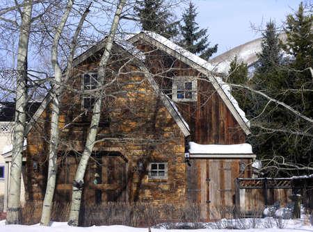 aspen home in the winter